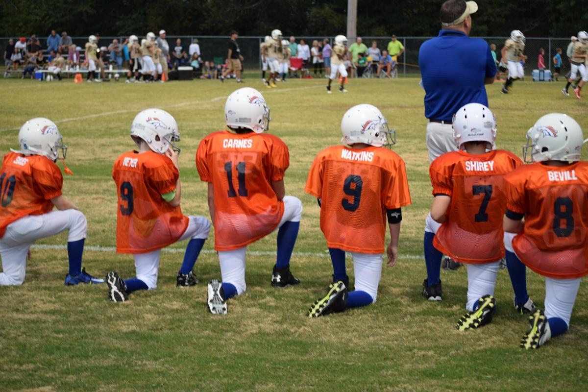 Broncos-9-21-15-16