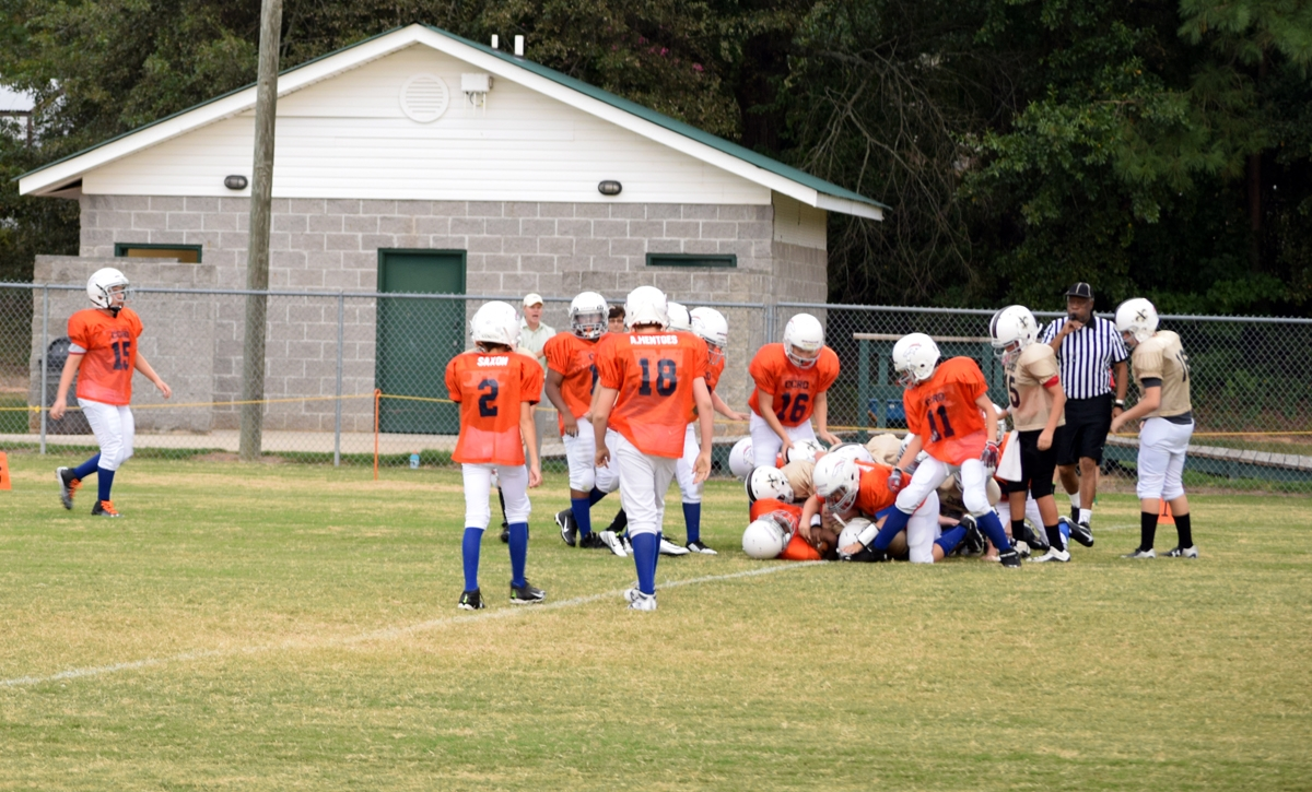 Broncos-9-21-15-32
