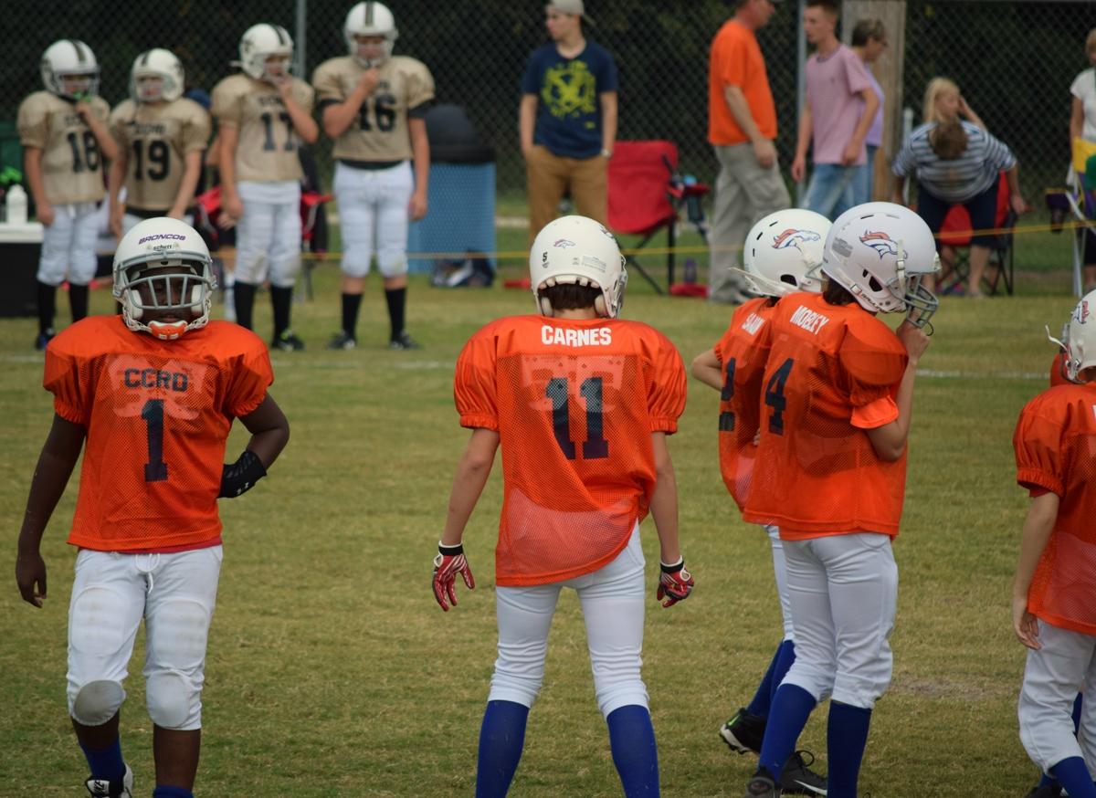 Broncos-9-21-15-39