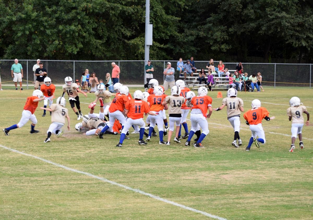 Broncos-9-21-15-46