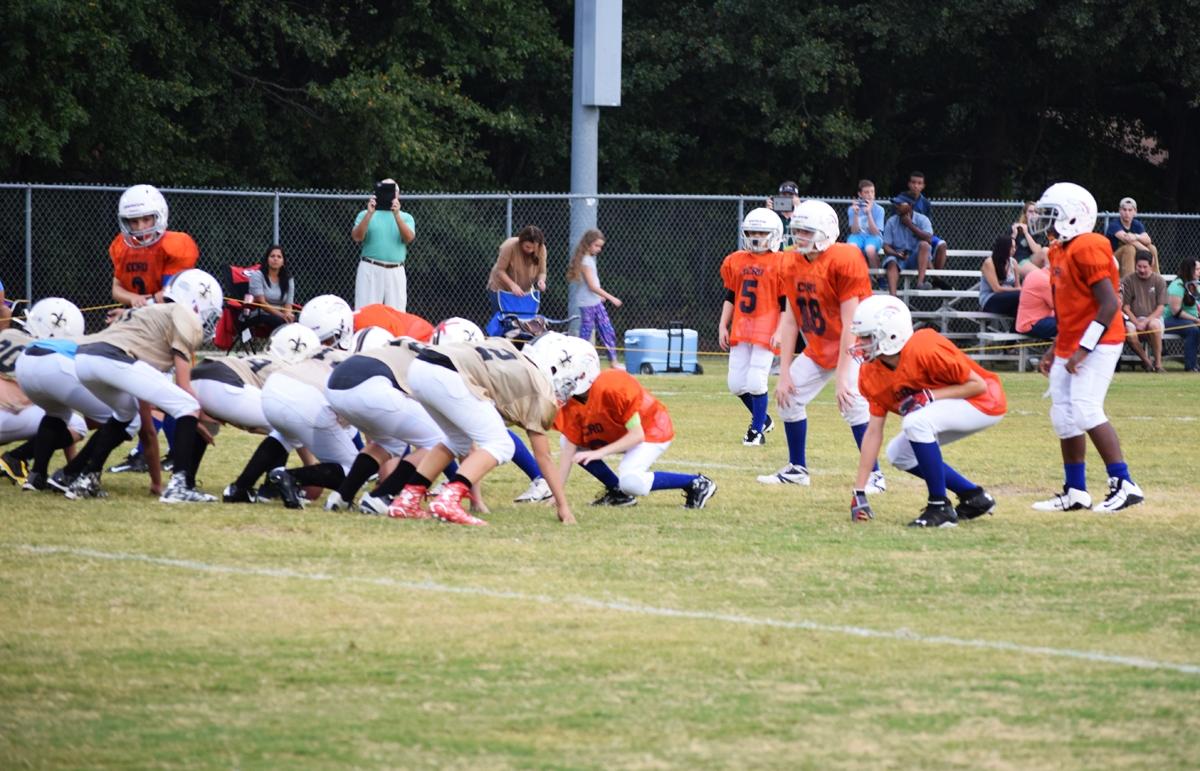 Broncos-9-21-15-56