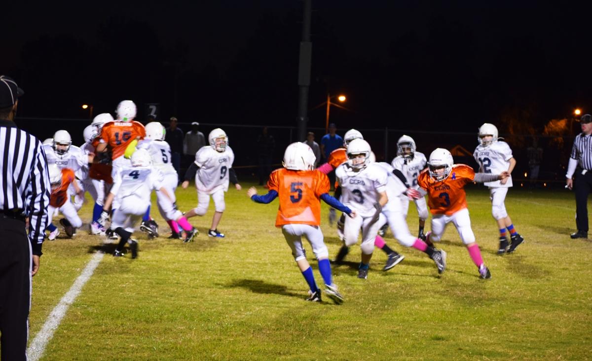 Broncos-10-19-15-23