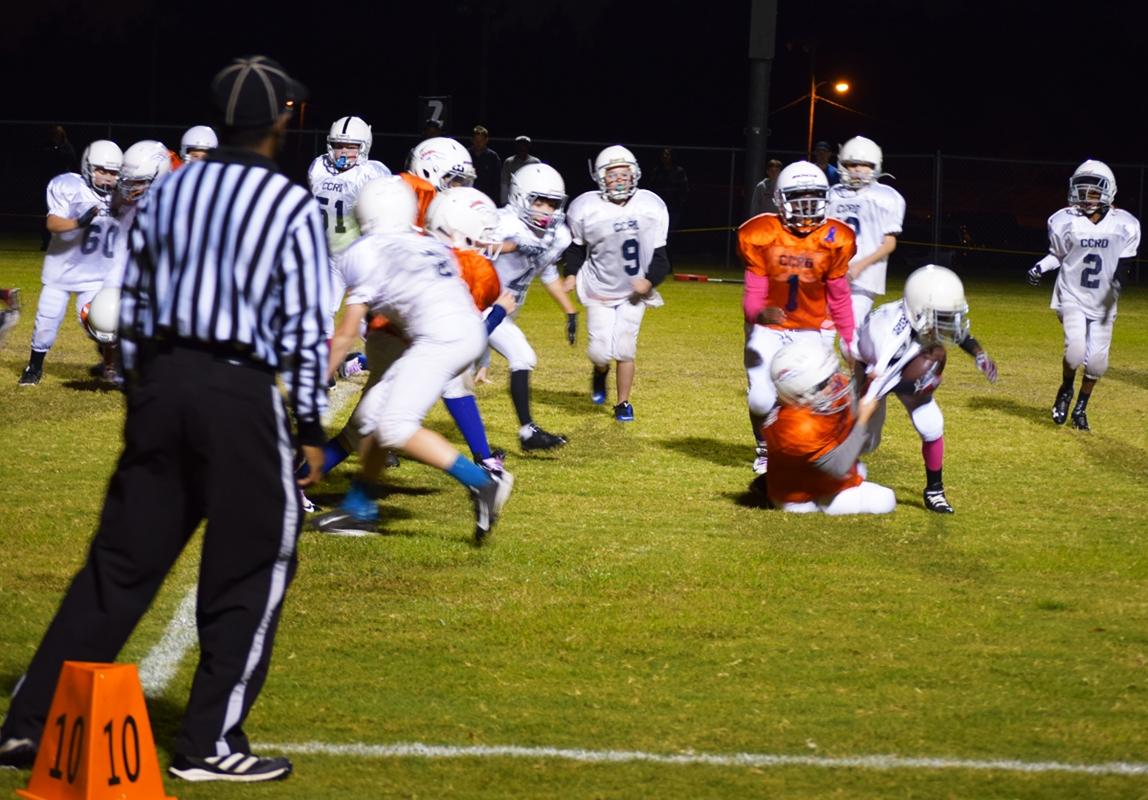 Broncos-10-19-15-24