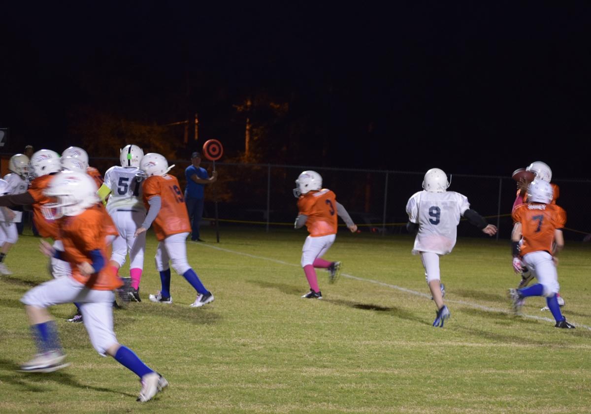 Broncos-10-19-15-30