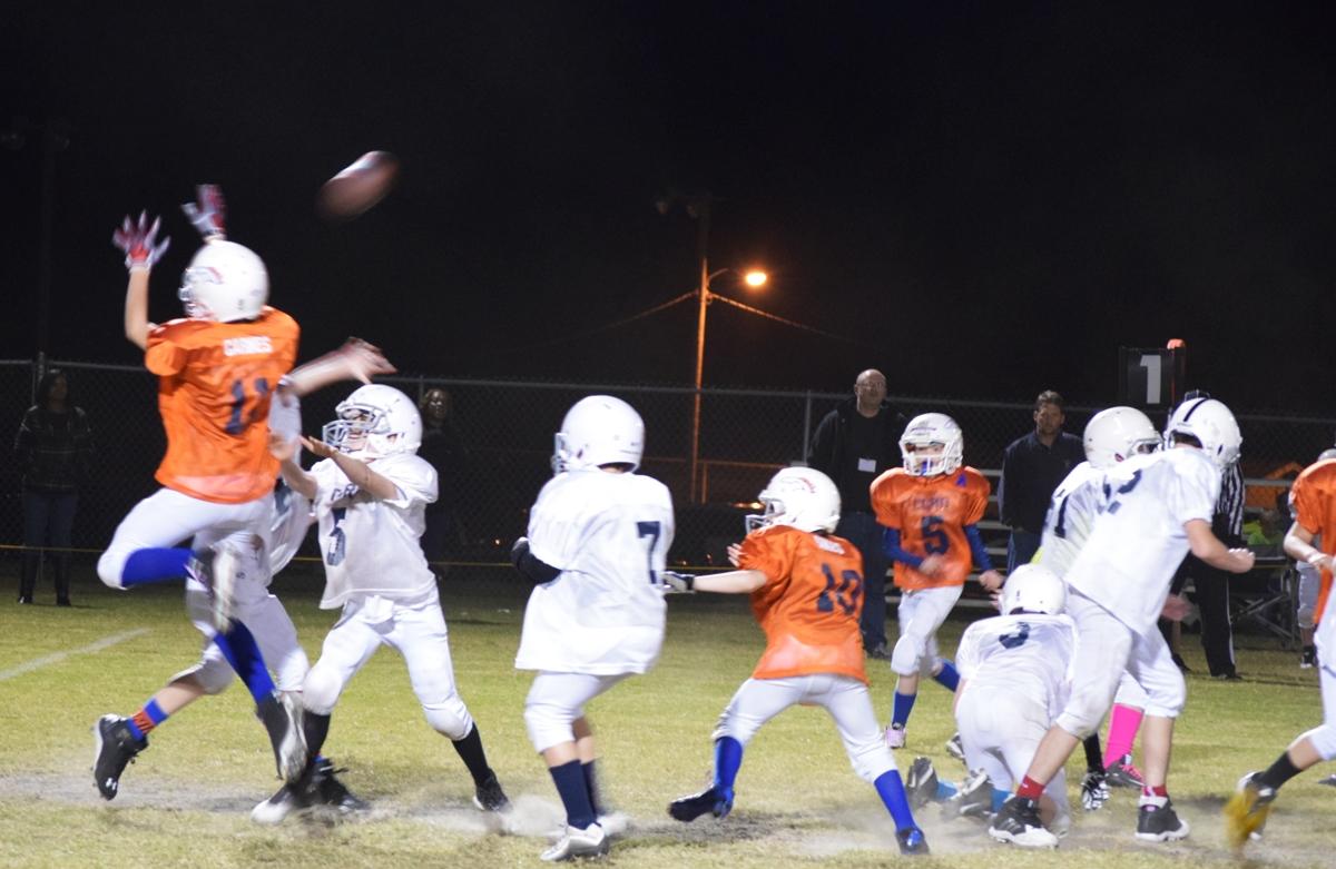 Broncos-10-19-15-41