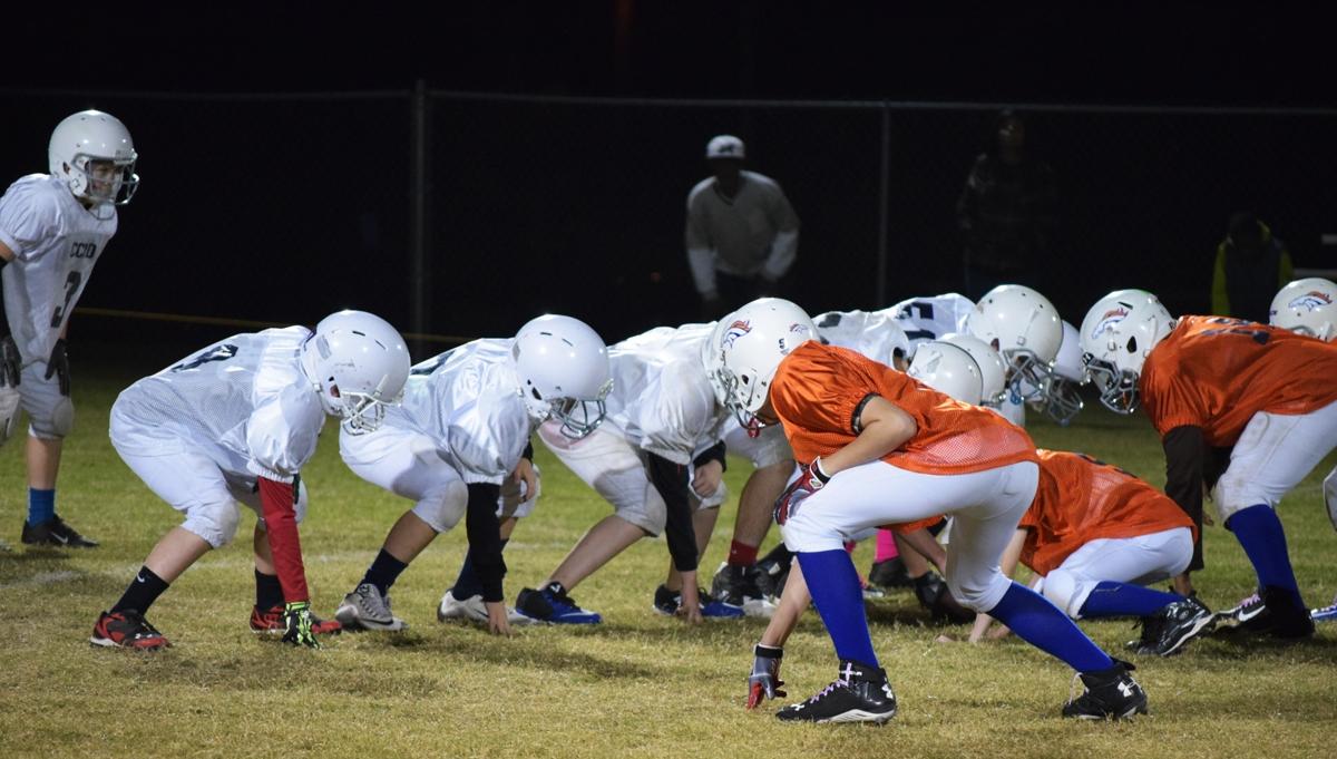 Broncos-10-19-15-56