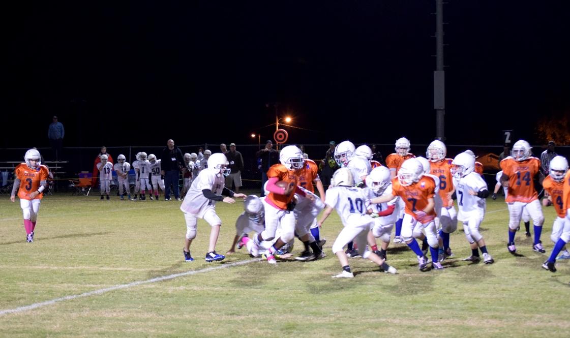 Broncos-10-19-15-83